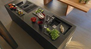 W naszych domach pojawia się coraz więcej wielofunkcyjnych mebli i urządzeń. Dzięki sprytnym rozwiązaniom mieszkamy coraz wygodniej. Ten trend szczególnie widoczny jest w kuchni, do którejproducenci proponują zlewozmywaki wielozadaniowe.