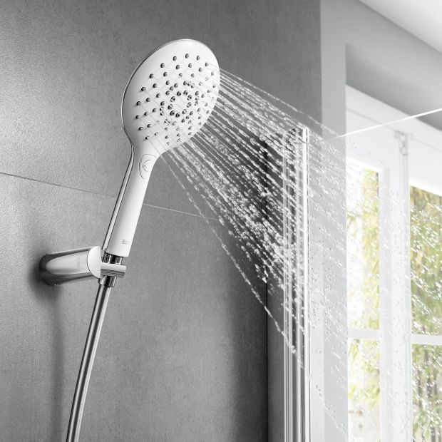 Nowość do łazienki - funkcjonalne słuchawki prysznicowe