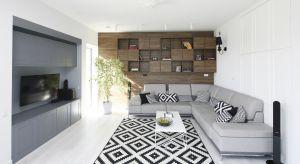 Dywan – nieodłączny element wystroju wnętrza – jest znany głównie ze swojej funkcji dekoracyjnej. Możeznakomicie ocieplić pomieszczenie, wyciszyć niepożądane dźwięki i ułatwiać utrzymanie porządku, a także… wydzielić strefy we wn�