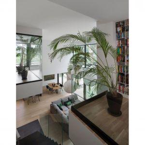 """Projektanci ze Studio O. wcielają w życie postulat Le Corbusiera: """"słońce, przestrzeń, zieleń"""". Projekt i zdjęcie: Studio.O."""