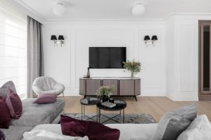 Wnętrza tego mieszkania zapraszają do odpoczynku, spotkań z najbliższymi, chwilowego odcięcia się od obowiązków i zobowiązań. Projekt: JT Grupa. Fot. ayuko studio