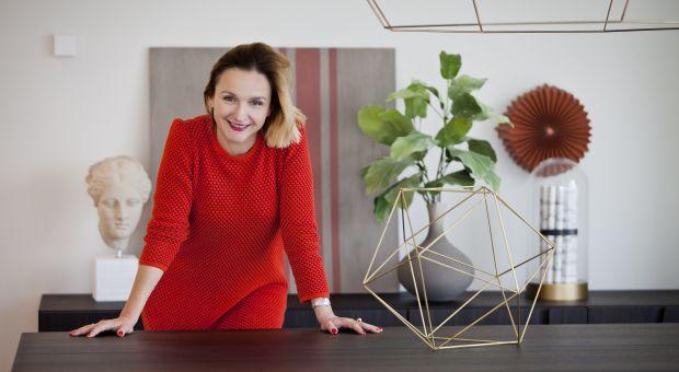 Optymistyczny design: Alina Badora opowiada o projekcie wnętrz apartamentów Złotej 44
