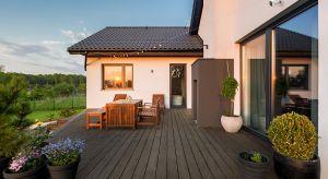 Planując remont lub budując dom, należy przemyśleć wiele rzeczy, naprawdę wiele. Od projektu, wybrania odpowiednich materiałów i sposobu realizacji, aż po wybór mebli i sprzętu, zaaranżowania wnętrz i wreszcie uczynienia ich przytulnymi dla w