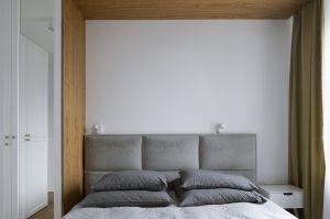 Sypialnia to prywatny azyl gospodarzy. Projekt: MADAMA. Fot. Yassen Hristov