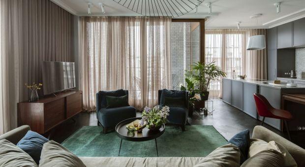 Mistrzostwo kolorystycznych zestawień - piękne mieszkanie czteroosobowej rodziny