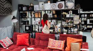 Centrum Praskie Koneser staje się coraz modniejszym punktem na mapie Warszawy. To tutaj swoje siedziby mają dynamicznie rozwijające się firmy, wysokiej jakości sklepy i butiki oraz doskonałe restauracje. Niedawno dołączył do nichsalon DobryDesi