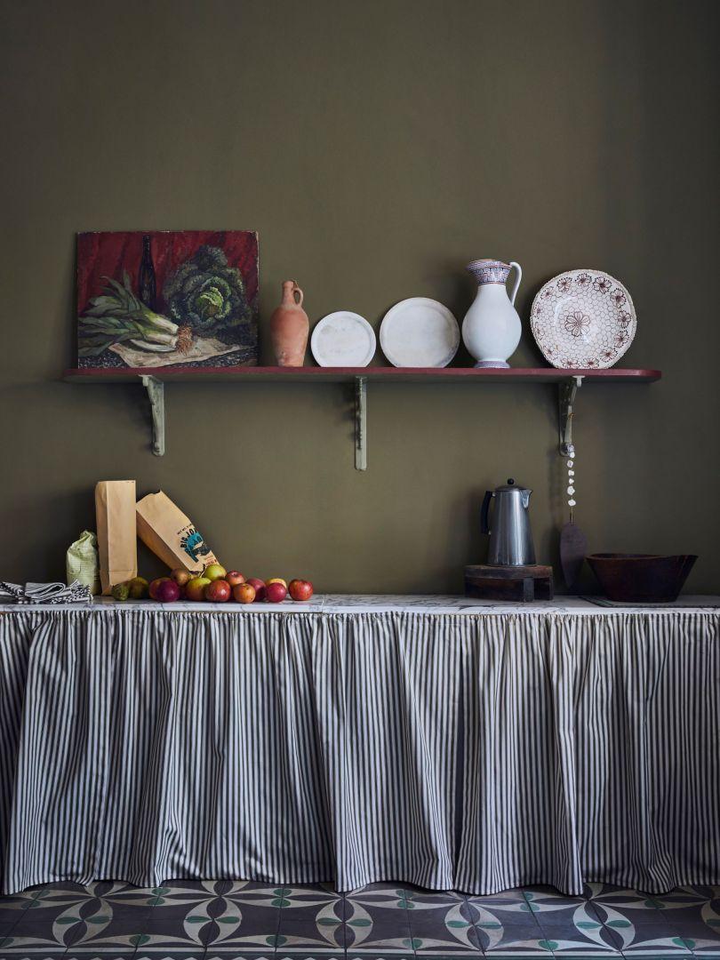 Oliwkowa kuchnia. Fot. Annie Sloan