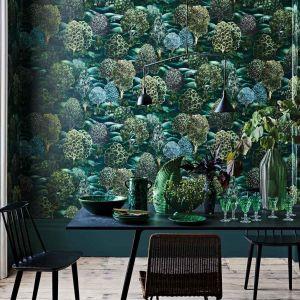 Tapeta z  kolekcji Botanica inspirowanej pięknem natury. Fot. Cole&Son /tapetujemy.pl