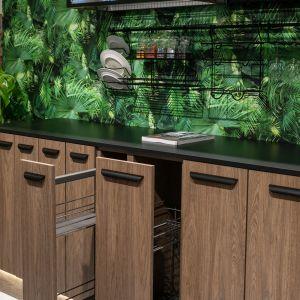 Nowoczesna kuchnia. Ciekawe rozwiązania na fronty szafek. Fot. Rejs
