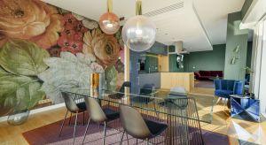 Design we włoskim stylu, intensywne kolory, materiały najwyższej jakości i najlepsza jakość wykonania – tym wyróżnia się apartament Fiore Verde. Apartament zaprojektowany przez Galerię Heban, znajduje się na 33. piętrze luksusowej inwestycji