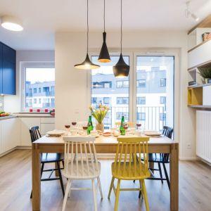 Kolor w kuchni. Projekt i zdjęcia: KODO Projekty i Realizacje