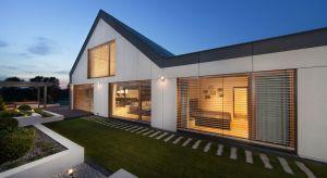 Ważne jest, aby dom zapewniał idealne warunki do zdrowego życia i relaksu. Przyszłość budownictwa mieszkaniowego powinna być oparta właśnie na komforcie ludzi.