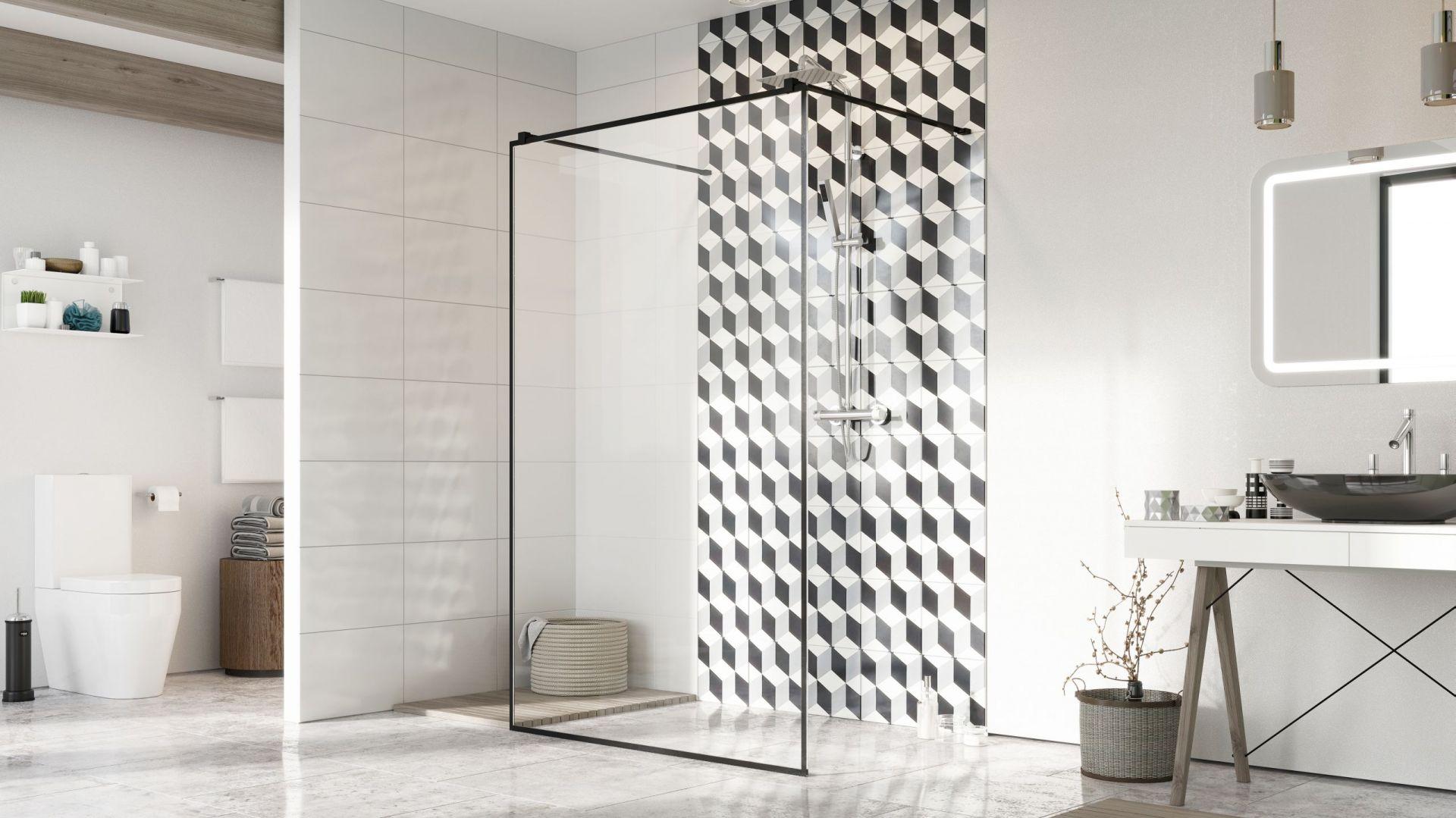 Ścianka prysznicowa z serii Modo New Black I Frame z czarnymi okuciami. Fot. Radaway