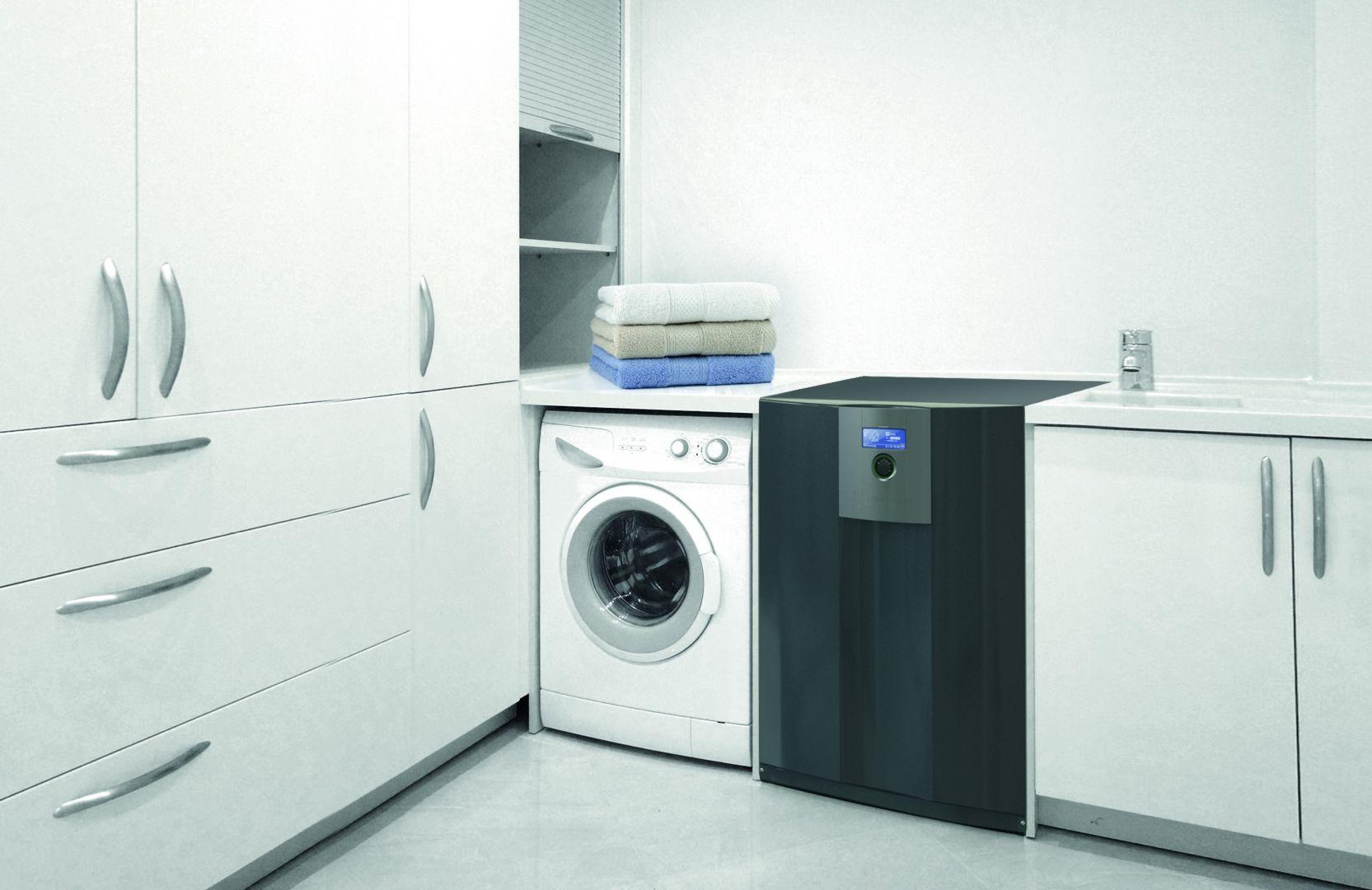 Gruntowa pompa ciepła Alpha Innotec z serii alterra SW o wymiarach pralki z powodzeniem zastąpi piec lub kocioł, w bardziej ekologiczny i wydajny sposób. Fot. Hydro-Tech