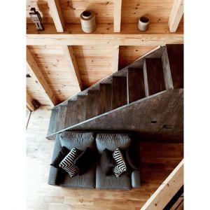 Bookworm Cabin - chatka do czytania, czeka na gości w Adelinie pod Warszawą. Fot. Ernest Wińczyk