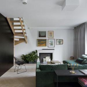 Dwupiętrowy apartament na warszawskich Filtrach zajmuje powierzchnię 123 m kw. Projekt: Madama. Fot. Yassen Hristov
