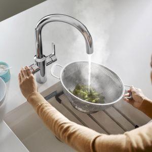 Oszczędzamy wodę i chronimy środowisko. Zacznij od swojej kuchni. Bateria Blanco Tampera Hot System. Fot. Comitor