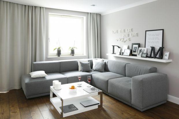 Mieszkanie w bloku: 15 pomysłów na szary salon