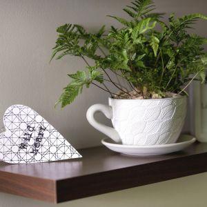 Ceramiczna osłonka Greta marki Verdenia w kształcie filiżanki. Fot. Galicja dla Twojego Domu