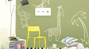 Malowanie wnętrz to nie tylko malowanie ścian! Odpowiednimi farbami można też zmienić kolor drzwi, podłogi, mebli, odświeżyć glazurę albo przygotować oryginalne, ścienne dekoracje, które będą ciekawie zdobić dom.