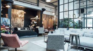 Po 10 latach działalności w internecie właściciele sklepu 9design.pl otworzyli własny showroom. 350-metrowa ekspozycja przy ulicy Lucerny 25 na warszawskim Wawrze skupia nie tylko proste rozwiązania, nawiązujące do stylu skandynawskiego, czy holen