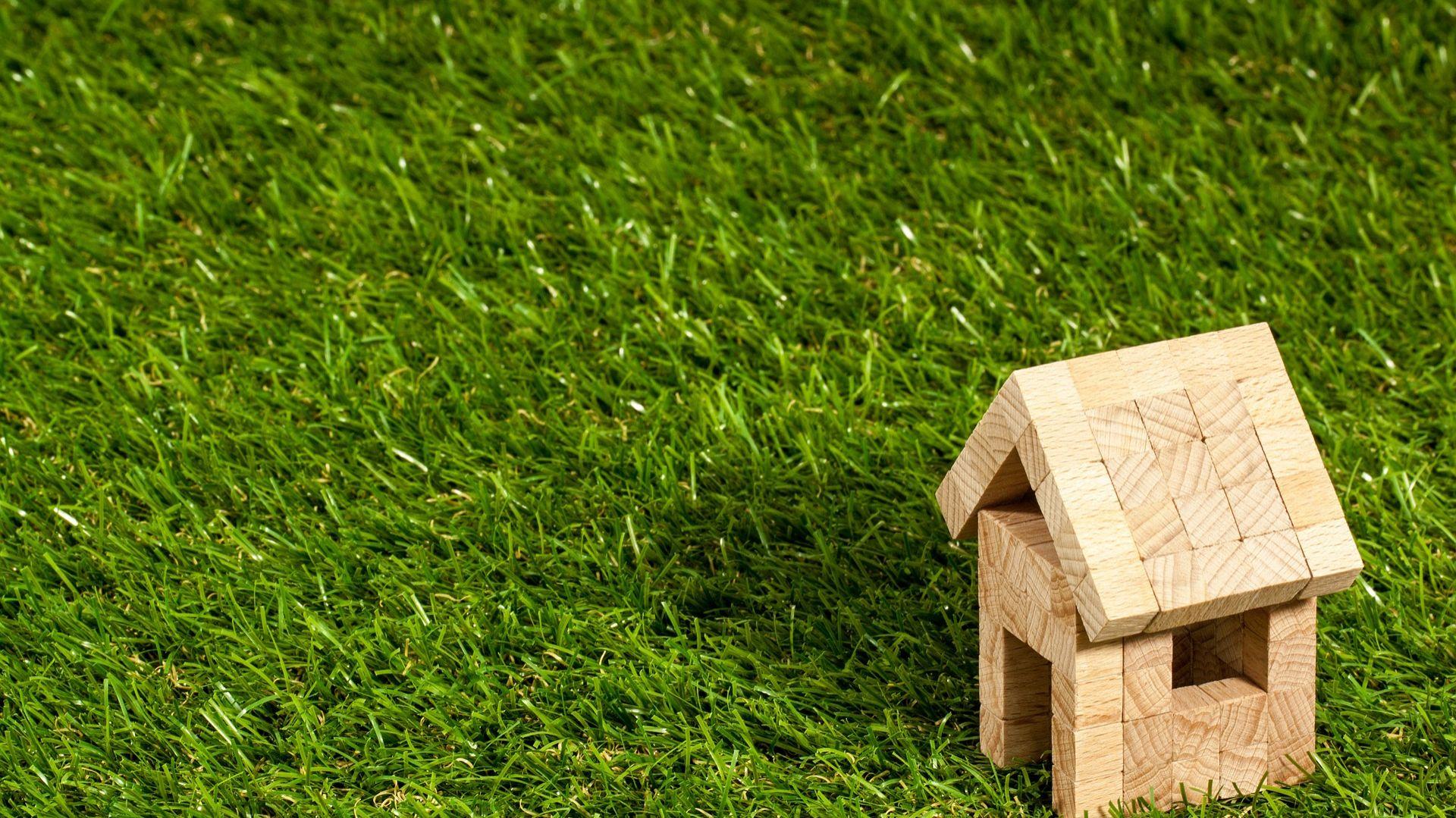 Zakup odpowiedniej działki pod budowę to pierwszy krok w kierunku realizacji marzenia o własnym  domu. Fot. Rockwool Polska
