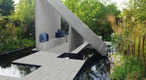 W architekturze, kształtowanie przestrzeni otaczającej budynek jest niemal tak ważne, jak on sam. Dlatego przy projektach nowoczesnych domów warto zwrócić uwagę na rozwiązania, które do nich pasują.