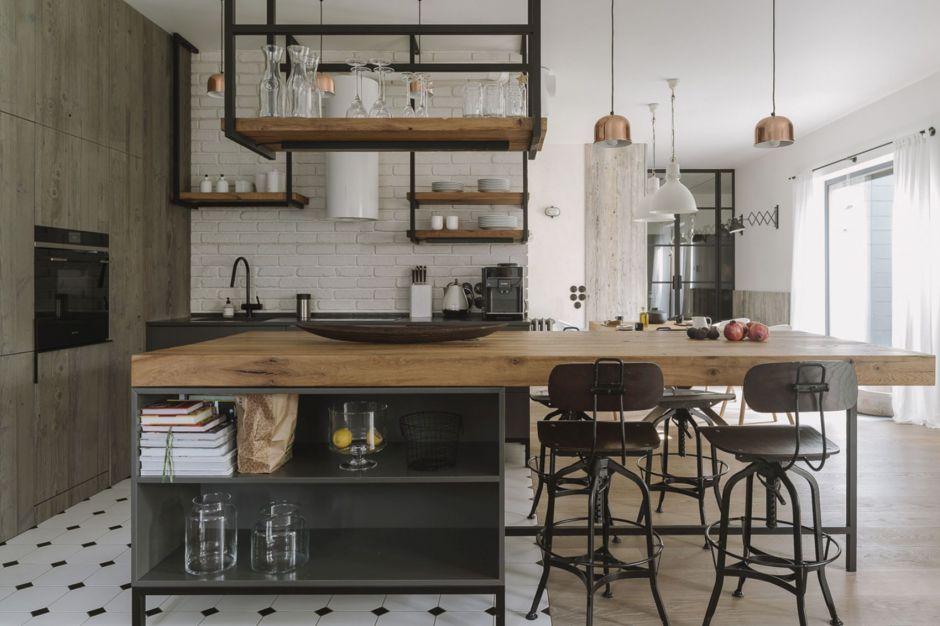 Industrializm po skandynawsku - zobacz piękne, jasne mieszkanie