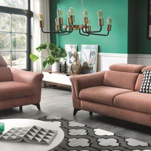 Meble do salonu: sofa i fotel z kolekcji Hampton firmy Wajnert Meble. Fot. Wajnert Meble