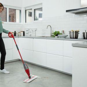Mop ze spryskiwaczem Spray & Clean. Fot. Vileda