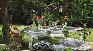 Coraz częściej urządzamy przyjęcie w ogrodzie. Nie tylko małe towarzyskie spotkania, ale nawet tak ważne uroczystości jak ślub.