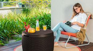 Dobrze urządzony i wyposażony balkon może służyć domownikom od wczesnej wiosny aż do późnej jesieni. Jak zaaranżować przestrzeń, aby stała się ulubionym miejscem podczas pięknych i słonecznych dni?
