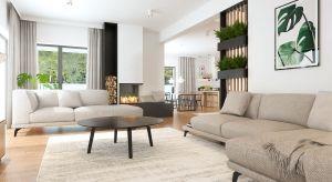 Dom pod Poznaniem zachwyca harmonijną, nowoczesną aranżacją. Jasne kolory i proste współczesne meble oraz masa naturalnego światła nadają wnętrzu lekkości.