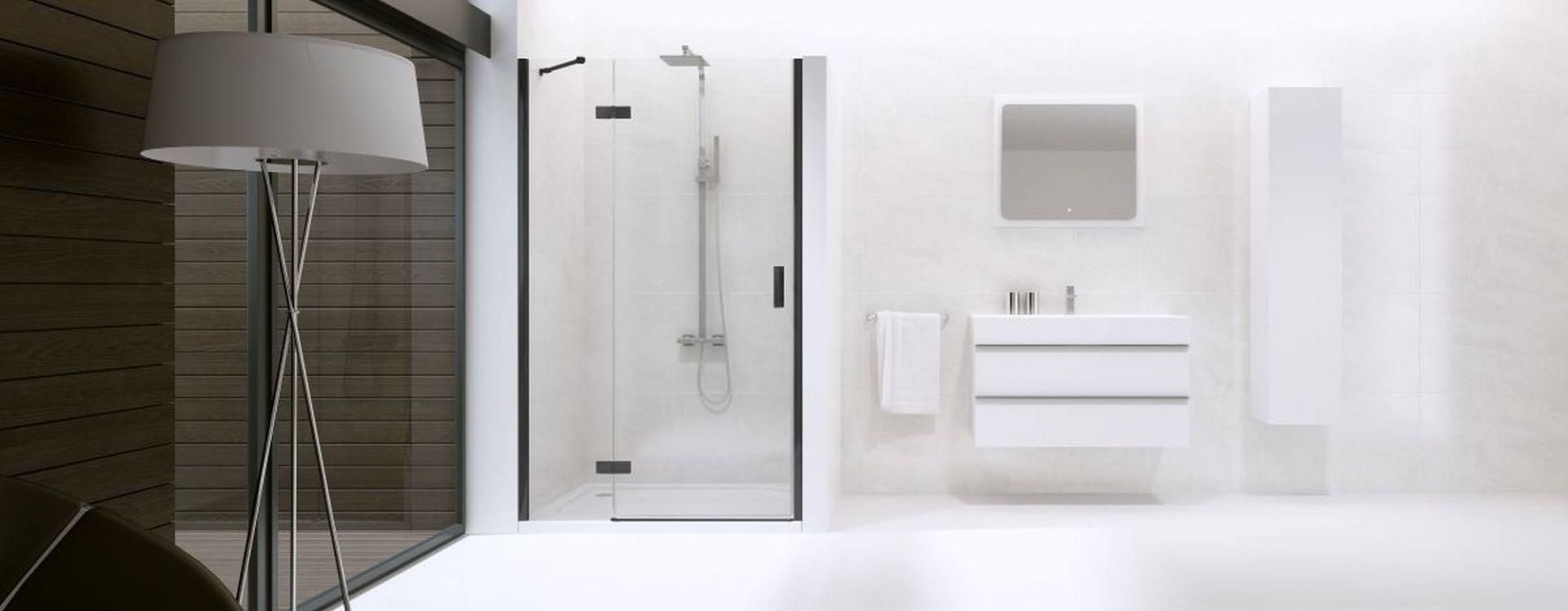 Aranżacja łazienki: New Renoma Black drzwi wnękowe. Fot. New Trendy