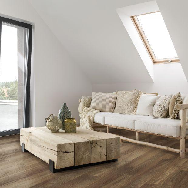 Materiały na podłogi - urok drewna, trwałość laminatu