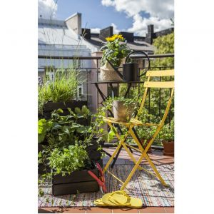 Miejski ogród na balkonie: farba Tikkurila Valtti Plus Complete. Fot. Tikkurila