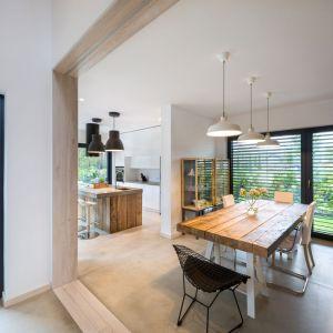 Dom inspirowany naturą. Projekt: Mode:lina Architekci. Fot. Marcin Ratajczak