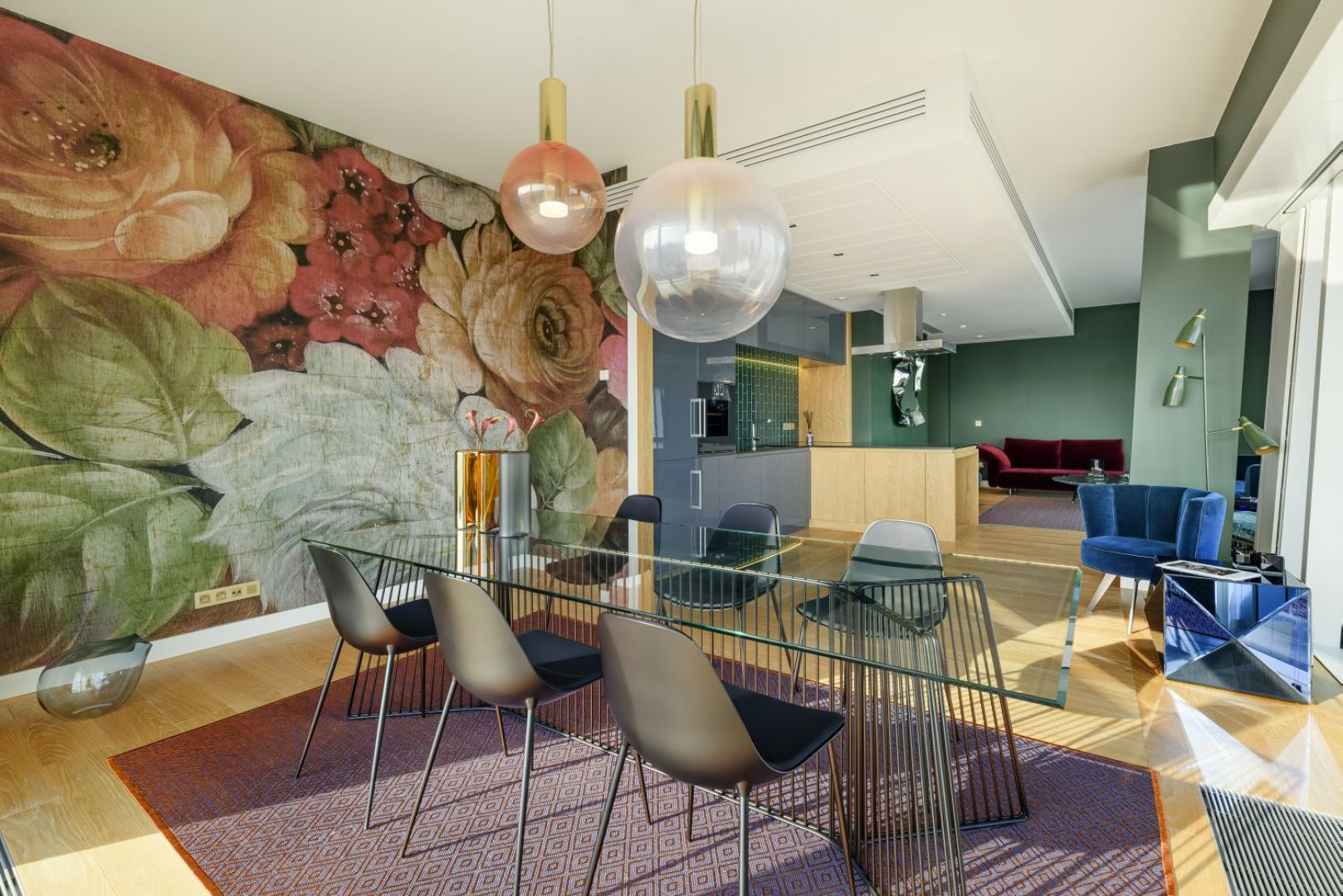 Złota 44 - apartament w stylu włoskim.  Projekt: Ines Lulkowska i Tomasz Tronina. Fot. mat. pras. Galerii Heban
