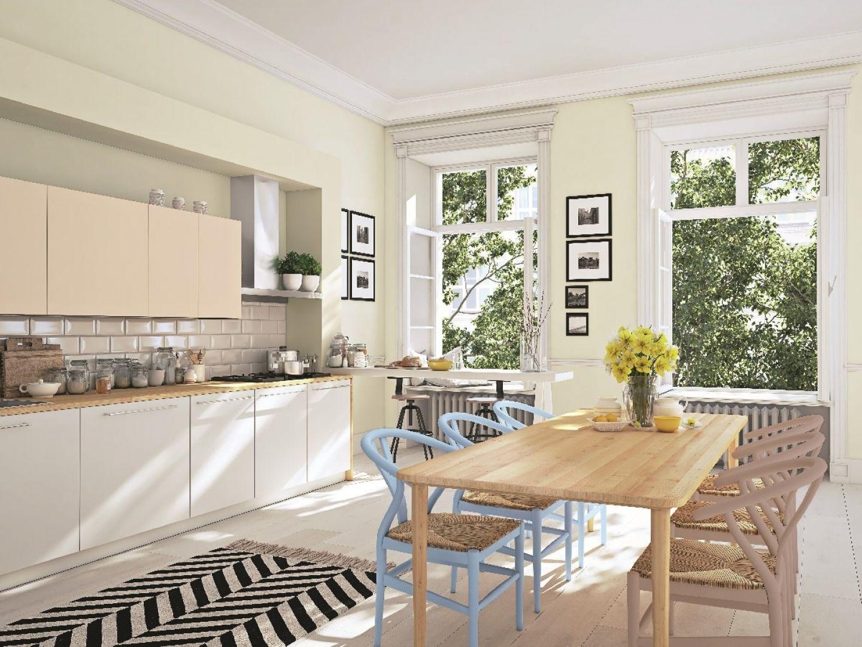 Farba Beckers Designer Kitchen & Bathroom, kolor Linen white, Beckers Designer Universal, kolory Caramel cookie, Aqua, Frappe. Fot. Beckers