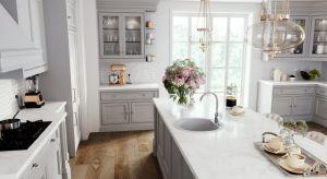 Odpowiada za zmywanie, napełnianie wodą czajników i garnków, mycie warzyw i innych produktów spożywczych oraz za ogólne utrzymanie higieny. Jednym słowem bateria rządzi w kuchni.