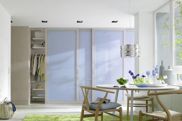 Małe mieszkanie - dopasuj szafy i regały