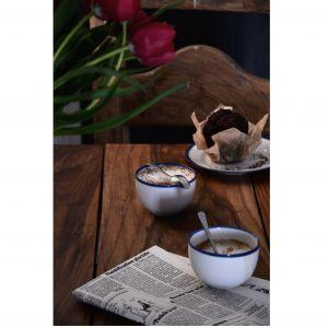 Blue Line - porcelana w stylu slow. Fot. Ćmielów Design Studio