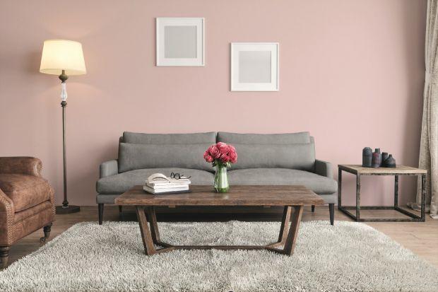 Łagodne, pastelowe tonacje niezmiennie urzekają miłośników subtelnych i romantycznych wnętrz. Delikatne beże, dyskretne fiolety czy ciepłe szarości efektownie podkreślą każde pomieszczenie, wprowadzając do aranżacji przytulny klimat.