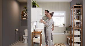 Łazienka wwynajmowanych mieszkaniach czy domach tobardzo często źródło frustracji. Przestarzały, nieatrakcyjny wystrój,nieodpowiednio zaprojektowane wnętrze – zmiana wyglądu łazienki może być trudniejsza niż jakiegokolwiek innego pomi
