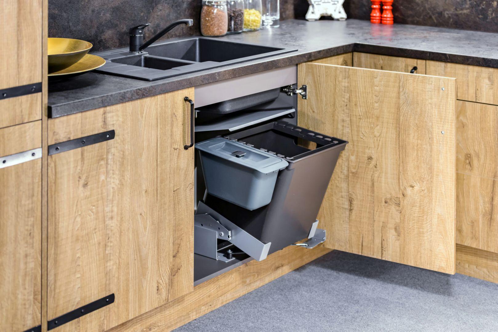 Organizacja kuchni - system pojemników na odpadki. Fot. KAM