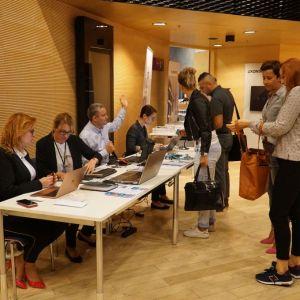 Rejestracja pierwszych gości Studio Dobrych Rozwiązań, które odbyło się 3 września br. w Katowicach. Fot. SDR Katowice