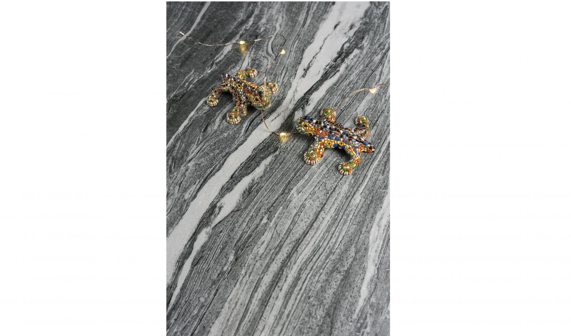 Spiek kwarcowy Mar Del Plata o wyjątkowym wzorze inspirowanym granitem Dark Pearl. Fot. Neolith