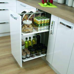 CARGO - wygodny elementem umożliwiającym wykorzystanie miejsca na przechowywanie żywności. Fot. Rejs