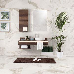 Nowoczesna łazienka. 30 pięknych kolekcji płytek ceramicznych. Producent: Azteca, kolekcja Calacatta. Fot. Azteca
