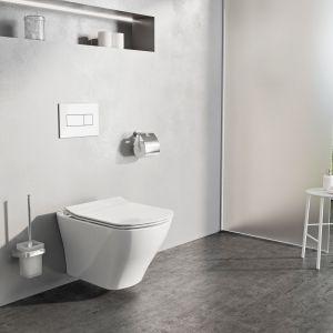 Bezrantowa miska w.c. Classic Rim Off o specjalnej konstrukcji umożliwiającej precyzyjne spłukiwanie małą ilością wody; łatwy montaż dzięki systemowi click. Fot. Ravak
